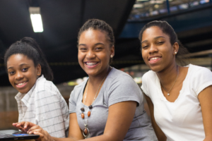 Aos 15 anos, Isabelle lidera iniciativa para levar oportunidades para meninas negras